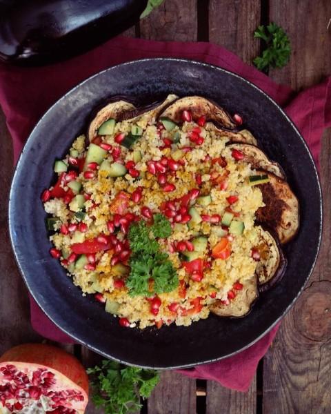 Couscous-Salat-Granatapfel